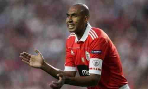 Андерсон Луис да Силва - бразильский футболист, центральный защитник. Долгие годы был капитаном клуба «Бенфика».