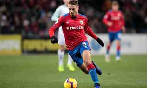 Нико́ла Вла́шич — хорватский футболист, атакующий полузащитник клуба ЦСКА