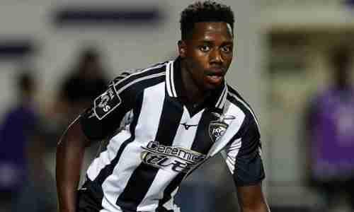 Вилсон Манафа - португальский профессиональный футболист, выступающий за «Порту»