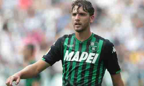 Мануэль Локателли - итальянский футболист, полузащитник клуба «Сассуоло» и сборной Италии.