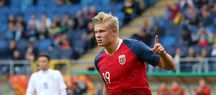 Эрлинг Холанн - Норвежский футболист, нападающий дортмундской «Боруссии»